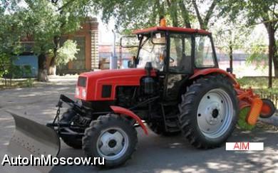 Бедные Дети Неосторожно Сажают Небольшой Трактор Тягача С.